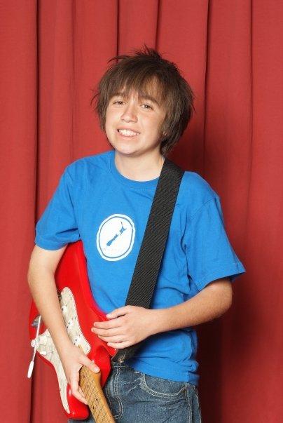 Sam Verlinden with guitar