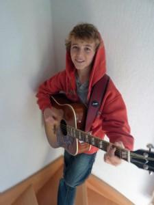 Loic Van Hoydonck Guitar