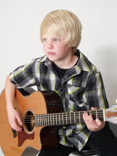 Carson Lueders Guitar