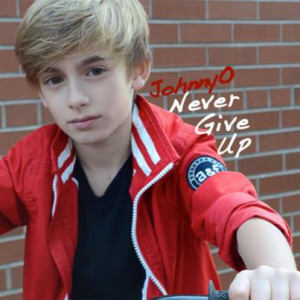 JohnnyOSings NeverGiveUpCDcover