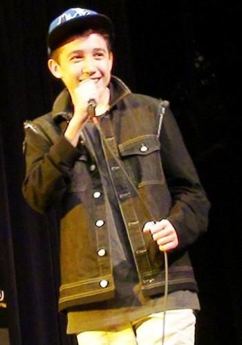 Sam Performing