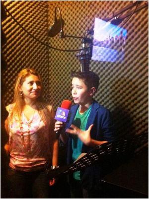 Sebastián Hosting TV Show